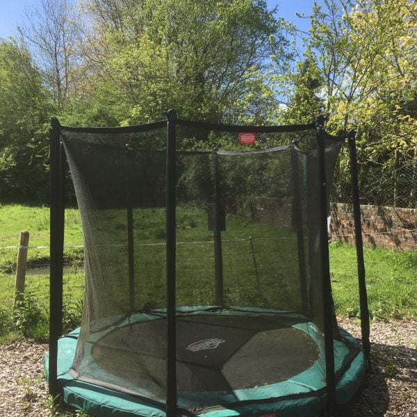 Adventure Zone Toys Berg Favorit Inground Trampoline